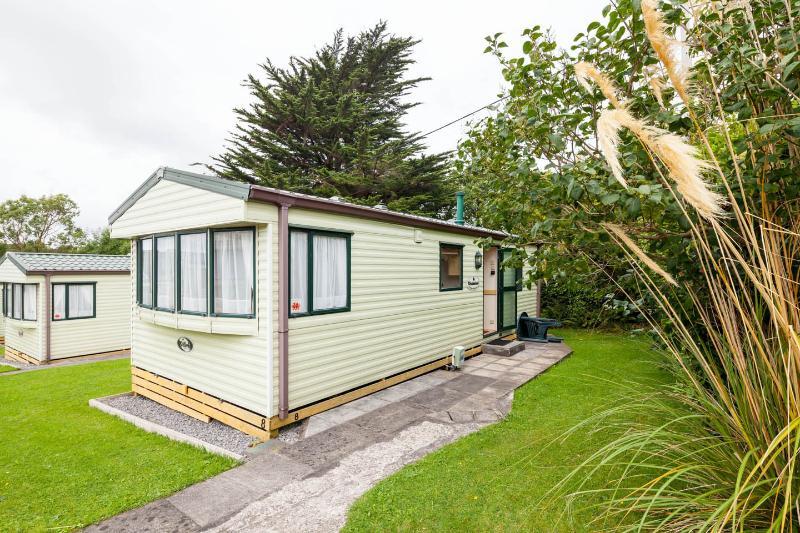 Pinewood Holiday Park Unit 8, holiday rental in Saundersfoot