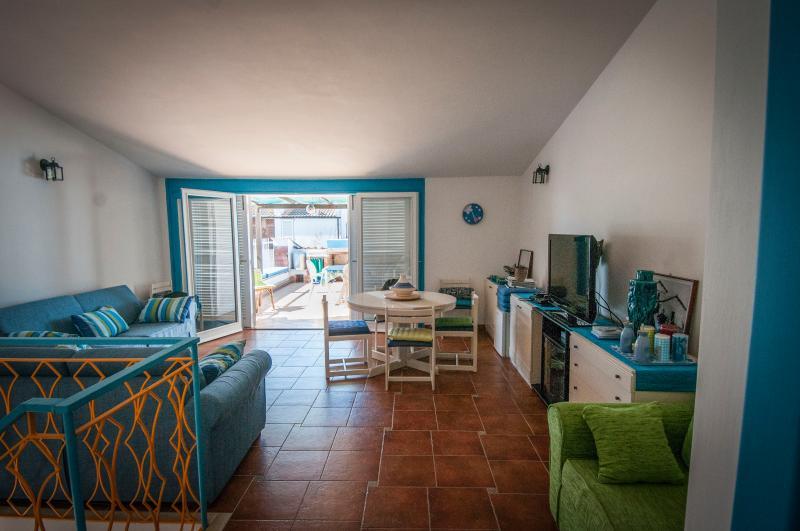 Appartamento a due passi dal mare, vakantiewoning in Porto Badino