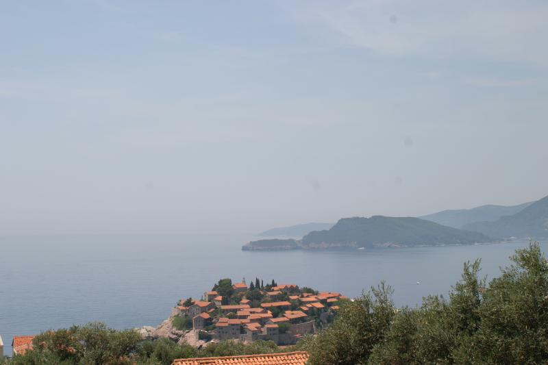 Amazing view of the Sveti Stefan Beach from the balcony, only 5 min walk