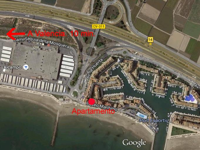 Located 10 minutes from Valencia. Supermarket 60 meters. Located at 10 minutes of Valencia city.