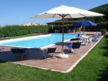 apartments in the country house 837, vacation rental in Grutti