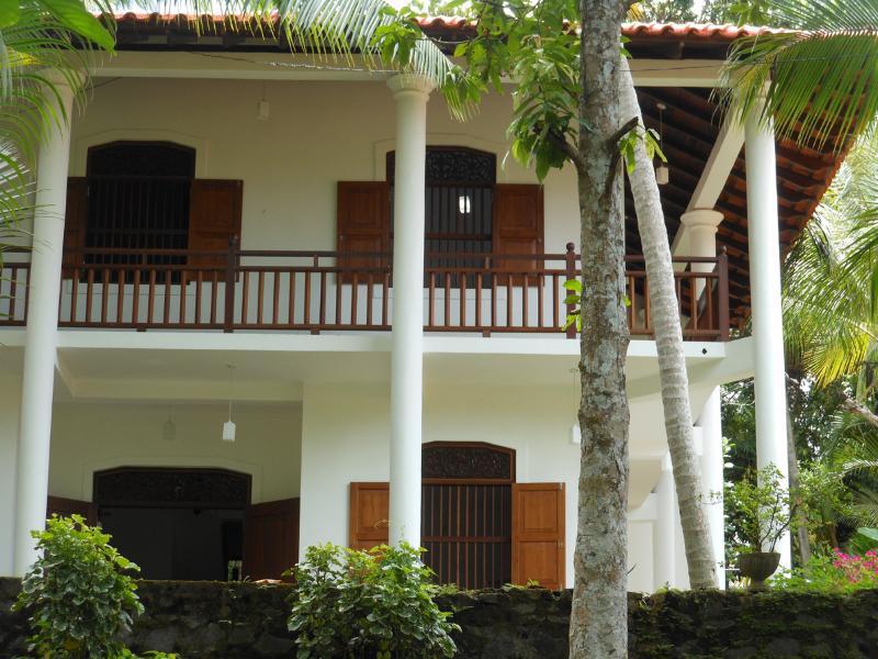 Walawwa - Rooms, holiday rental in Dambulla