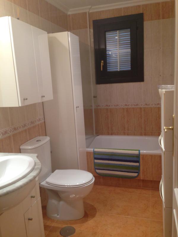 Modern and comfortable bathroom