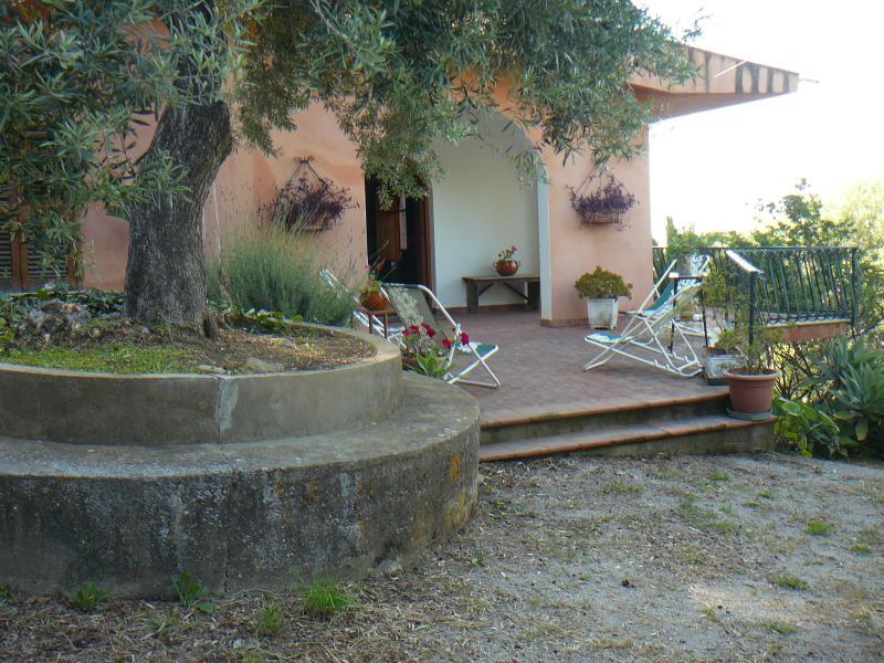 front villa prospectus