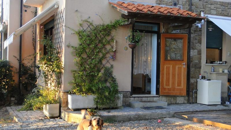 Casa immersa nel verde, holiday rental in Nibbiaia
