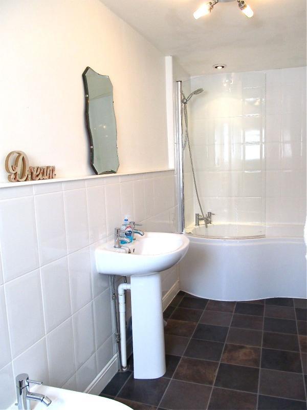 Essentials et linge de toilette fournis