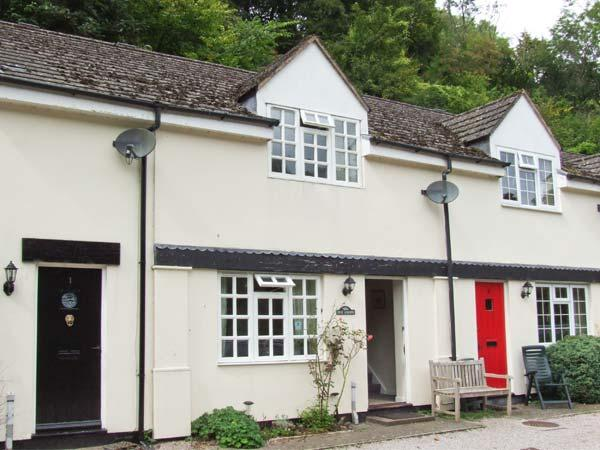 WYE VALLEY COTTAGE, lovely riverside location, pets welcome, off road parking, holiday rental in Christchurch