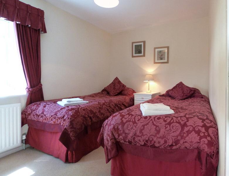 Con las mismas magníficas vistas como dormitorio doble 1 dormitorio con dos camas