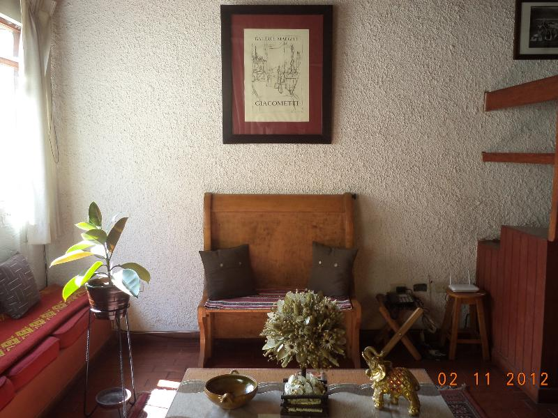 CASA MONDRIANA #2 -  2BR 2BATH APARTMENT IN CUSCO - WIFI, vacation rental in San Sebastian