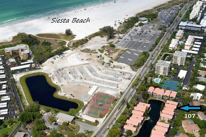 Siesta Key Townhouse across from Pristine Sands of Siesta Key 2B/2B sleeps 6, vacation rental in Siesta Key