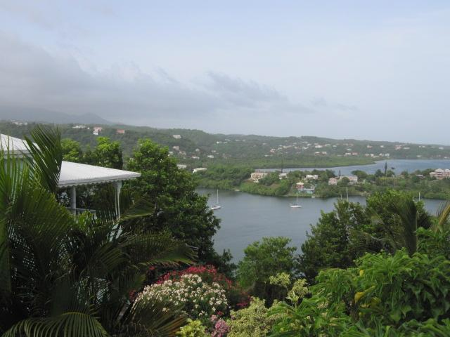 3-Bedroom ocean view  apt - St. George's Grenada, holiday rental in Calivigny