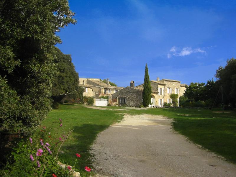 Le Pigeonnier, Font-Peyrins, Grignan, Drôme – semesterbostad i Salles-sous-Bois