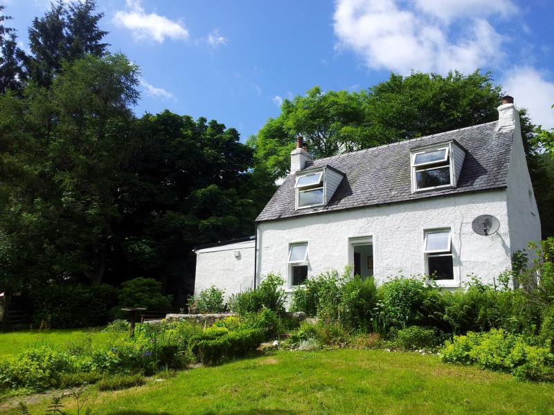 Rear Private Gardens with a well maintained fence to allow pets and kids freedom to roam