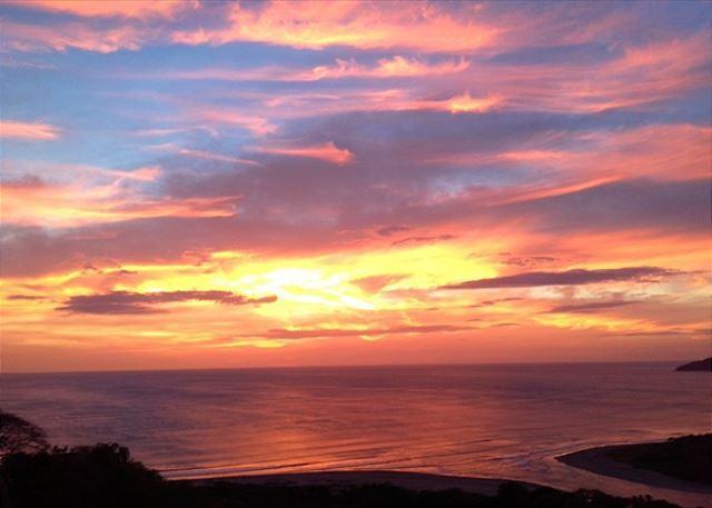 Colina Sunset