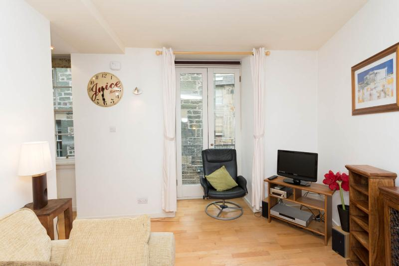 West Bow Grassmarket Old Town 1 Bedroom Apartment Updated