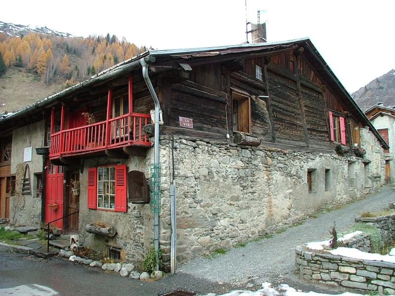 Typical stone house house in the 500 years old village centre,which is a 50m walk from the chalet.
