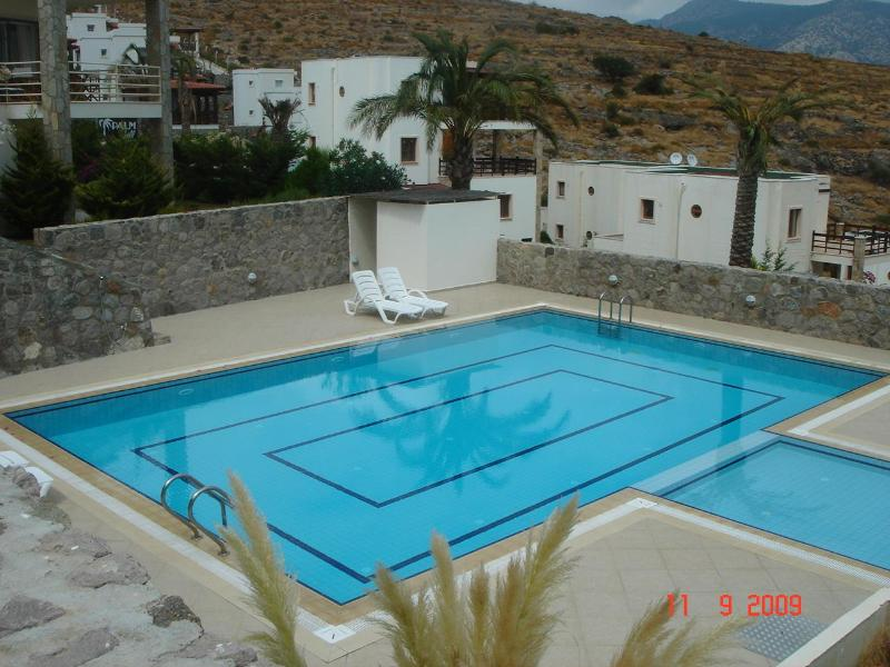 Bodrum - With swimming pool & 5 min to the sea !, vacation rental in Bodrum City