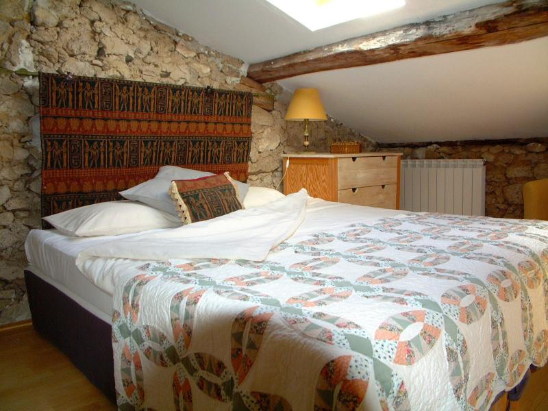 Two double master bedrooms.