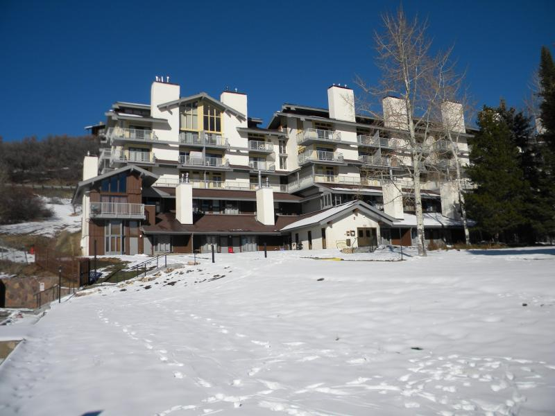 WOW Walk/Ski over to slopes and Village