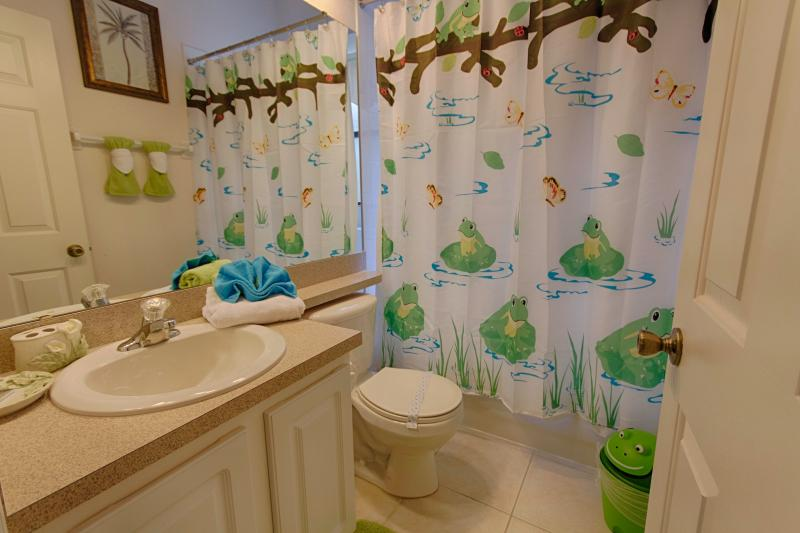 Bathroom for Twin Rooms