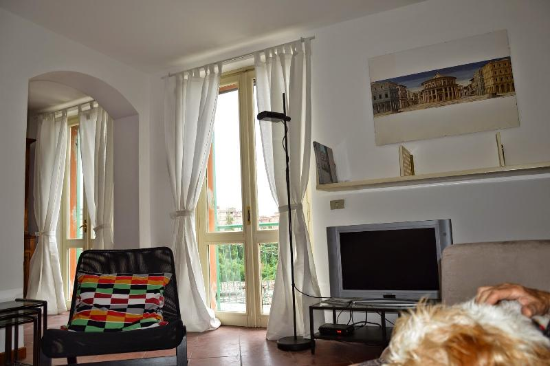 The living with two large panoramic windows