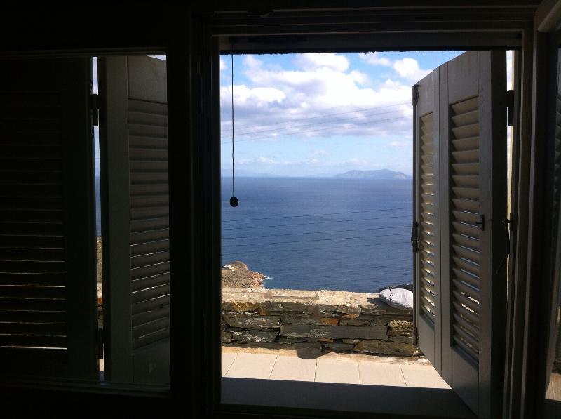 Beach house in Kea, Greek island, holiday rental in Loutra