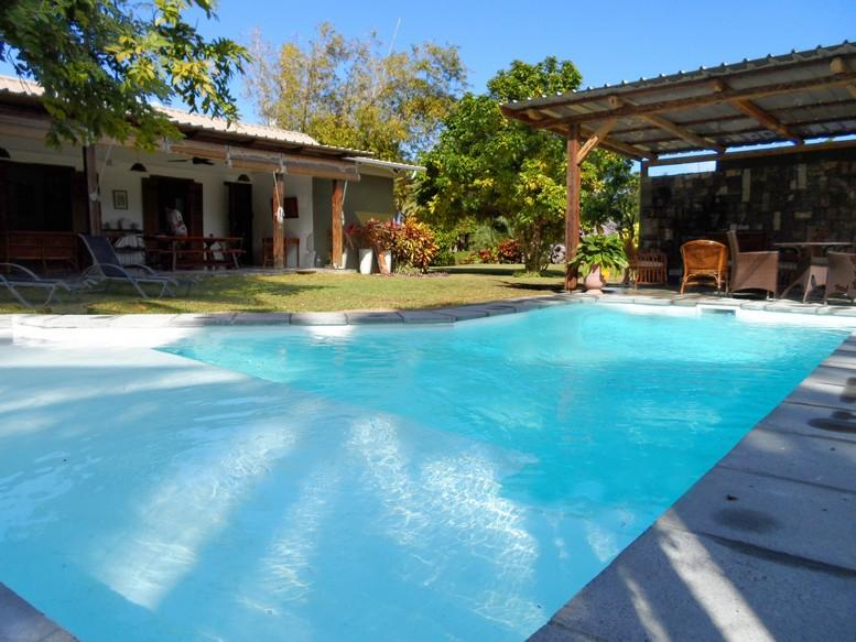 La Case Najoli in Le Morne, 100 m to beach, pool, holiday rental in Bel Ombre