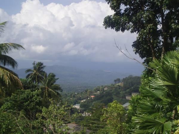 Yapsland Lodge Kandy, casa vacanza a Hantana