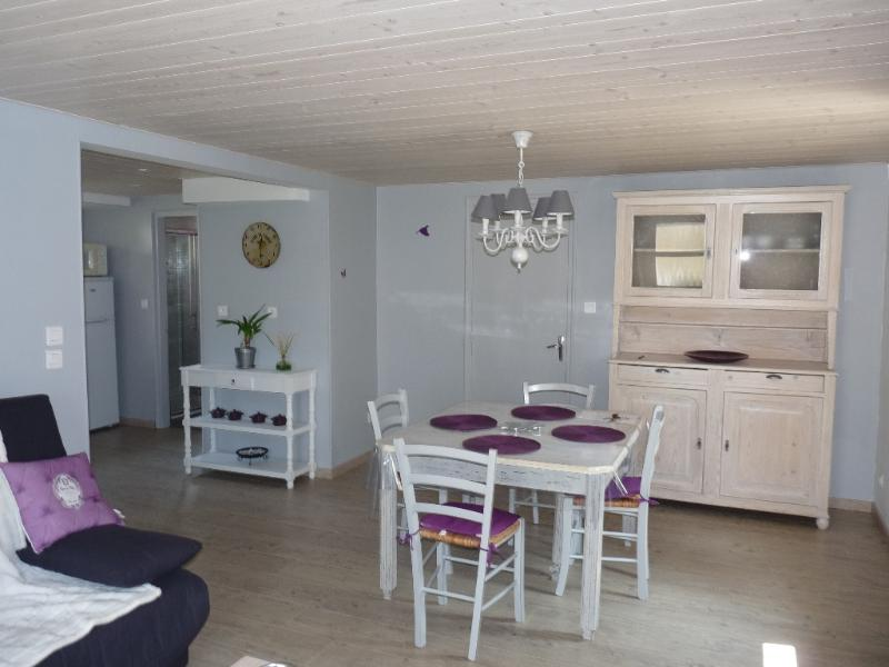 Appartement 3* à Pontarlier, location de vacances à Doubs