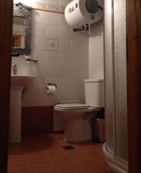 2nd floor- bathroom