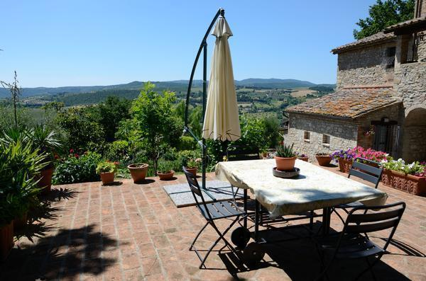 Il casale di Silla - camera Gelso, vacation rental in Corciano