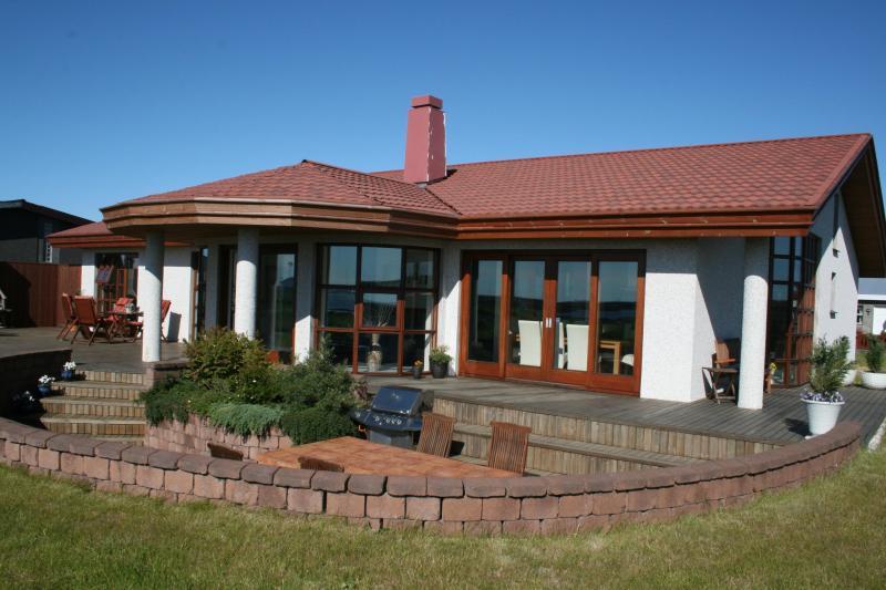 Luxuary ocean view Villa, location de vacances à Njardvik