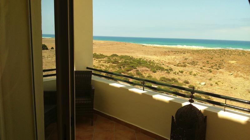 Fabulous ocean view apartment in Asilas, holiday rental in Larache