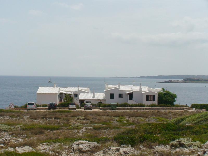 vista exterior. Primera línea de mar