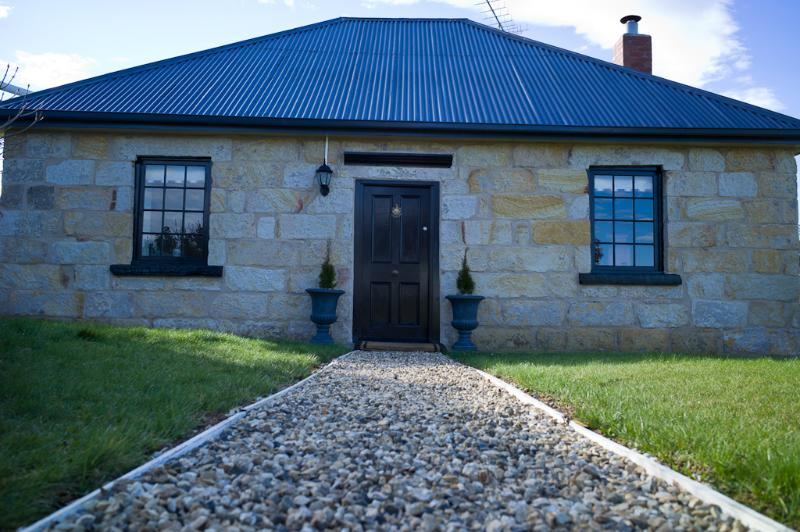 The Storekeeper's Boutique Accommodation, holiday rental in Buckland