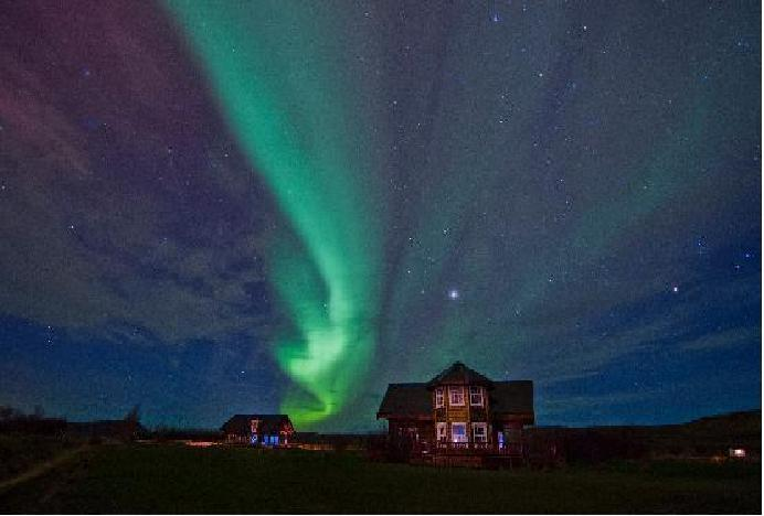 Northern Lights over Viking Villa (photo by Nick M, Nov 13)