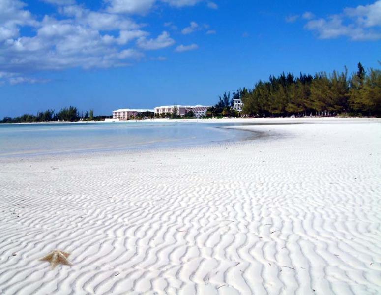 Nur wenige Schritte von der Haustür ist dieser schöne Strand