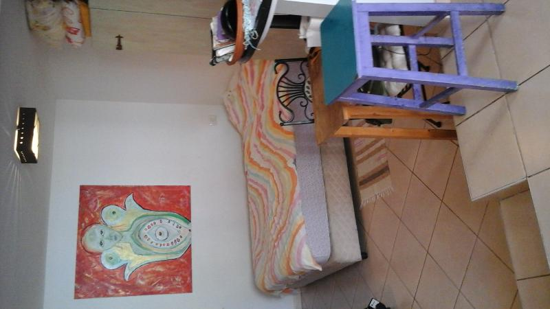 Lovely studio apt. in Neve Tzedek, holiday rental in Kefar Uriyya