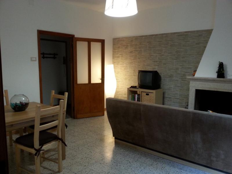 ampio appartamento roccaraso, vacation rental in Vastogirardi
