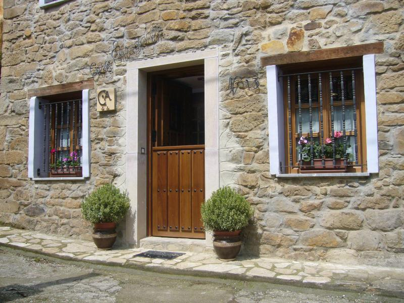 Casa Encarnacion, holiday rental in Mieres