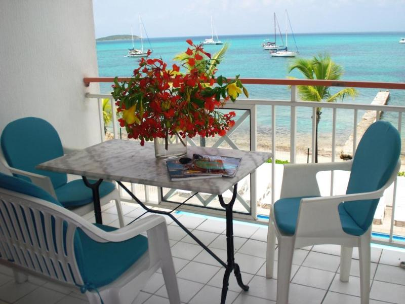 Sea View condo St Martin -Caribbean, holiday rental in Sandy Ground