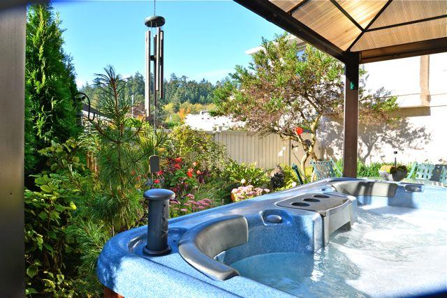 One of the summer garden views from the guest hot tub- yes it has a stereo..