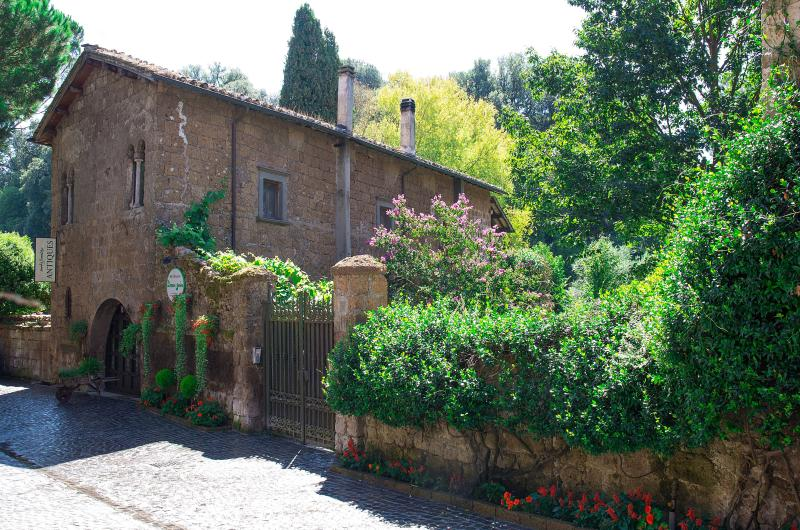 Etruscan Garden, vacation rental in Capranica - Scalo