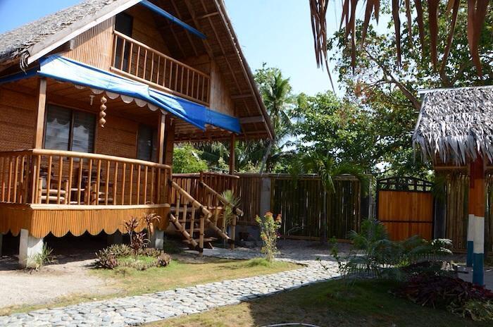 casa vacanza PURA VIDA COTTAGES 1, vacation rental in Tablas Island