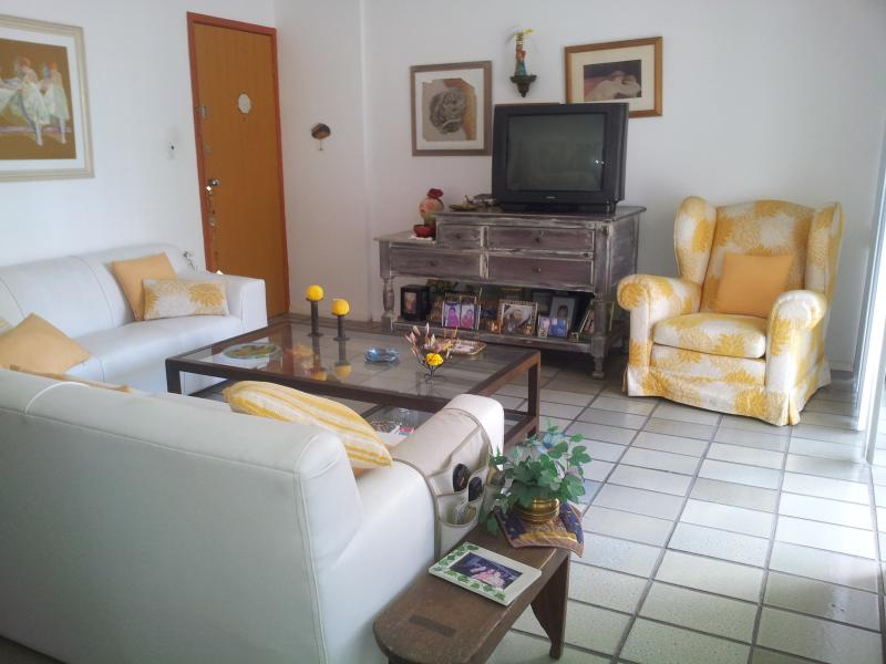 Apartamento Lindamente Decorado em Recife - PE, holiday rental in Recife