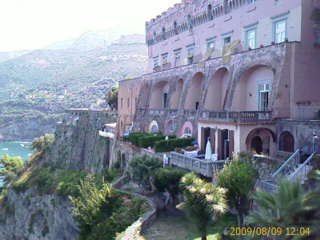 CASTELLO GIUSSO appartamento con piscina, holiday rental in Vico Equense