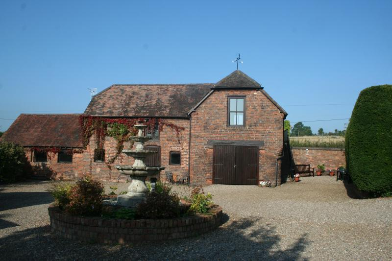 The Stables, Wolverley, Kidderminster, Worcestershire, vacation rental in Churchill