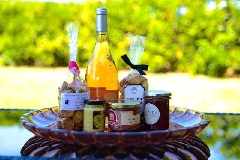 Cadeau de bienvenue : Panier de produits Corses