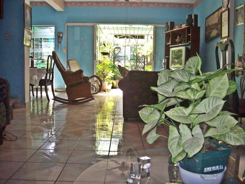 ALI´S Guest House, holiday rental in San Salvador Department