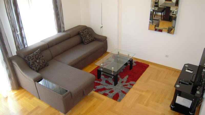 Rent an apartment in Podgorica, rent a flat, Smjestaj, alquiler vacacional en Podgorica